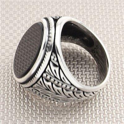 Anillo de hombre de plata al por mayor con piedra ovalada de patrón de ala