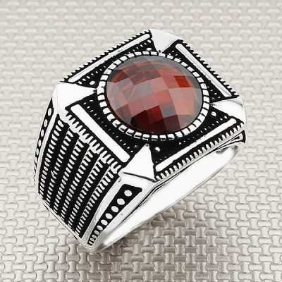 Wholesale Silver Men's Ring With Patterned Motif