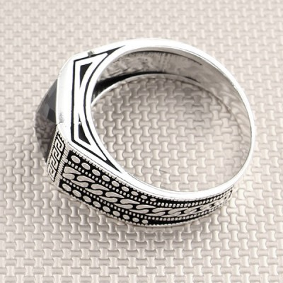 Wholesale Silver Men's Ring With Chain Motif